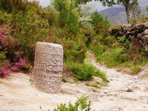 Roman Milestone (courtesy Wikipedia Commons)